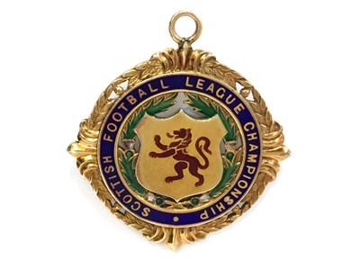 Lot 1937-BOBBY SHEARER 'CAPTAIN CUTLASS' OF RANGERS F.C. - HIS S.F.L. CHAMPIONSHIP GOLD MEDAL 1959
