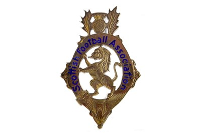 Lot 1943-BOBBY SHEARER 'CAPTAIN CUTLASS' OF RANGERS F.C. - HIS S.F.A. SCOTTISH CUP WINNERS GOLD MEDAL 1962