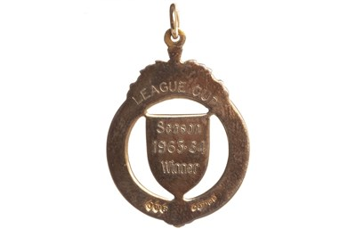 Lot 1946 - BOBBY SHEARER 'CAPTAIN CUTLASS' OF RANGERS F.C. - HIS S.F.L. LEAGUE CUP WINNERS GOLD MEDAL 1964