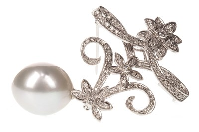 Lot 17-AN IMPRESSIVE PEARL AND DIAMOND BROOCH