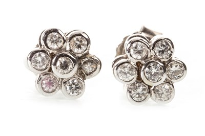 Lot 6-A PAIR OF DIAMOND DAISY CLUSTER STUD EARRINGS