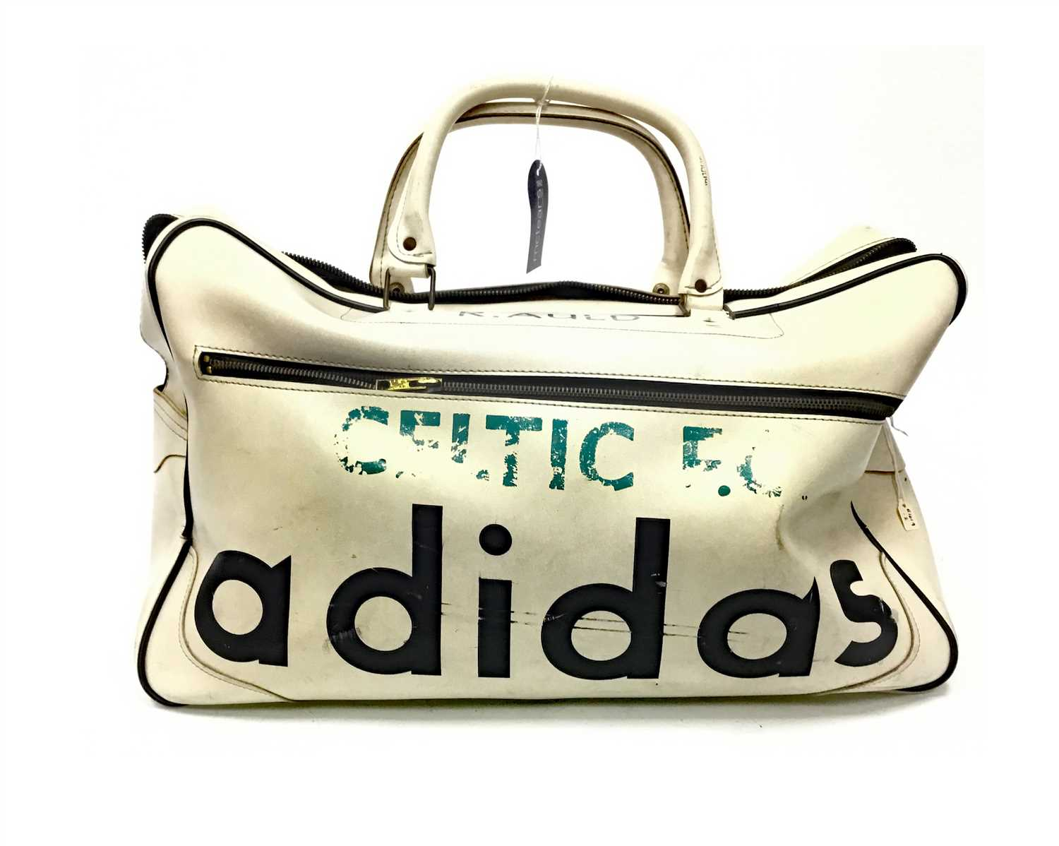 Lot 1979 - BERTIE AULD OF CELTIC F.C. - HIS ADIDAS HOLDALL FROM THE 1967 EUROPEAN CUP CAMPAIGN