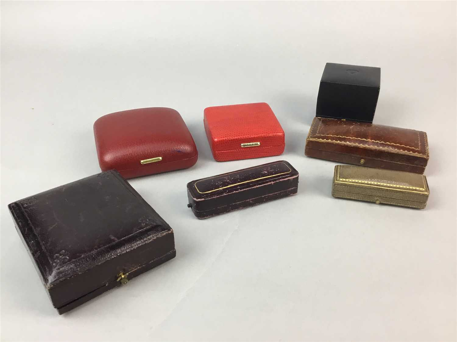 Lot 7-A COLLECTION OF VINTAGE JEWELLERY BOXES