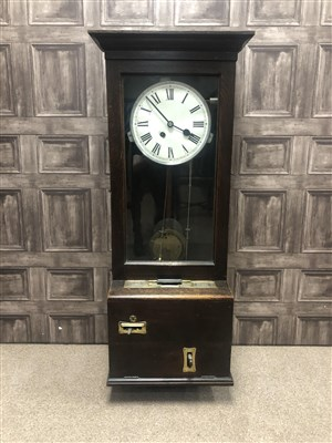 Lot 1440-AN EARLY 20TH CENTURY GLEDHILL-BROOK TIME RECORDER CLOCKING-IN CLOCK