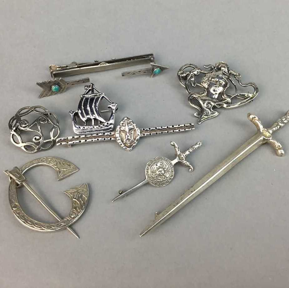 Lot 14-A SCOTTISH SILVER KILT PIN BY ROBERT ALLISON AND SILVER BROOCHES