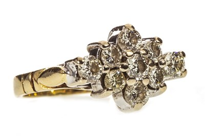 Lot 15-A DIAMOND CLUSTER RING