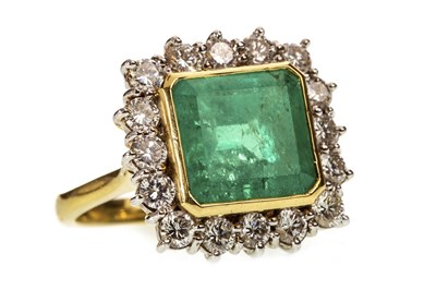 Lot 19-A CERTIFICATED EMERALD AND DIAMOND RING