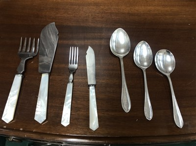 Lot 811 - A SUITE OF SILVER TABLE APPOINTMENTS IN CANTEEN TABLE