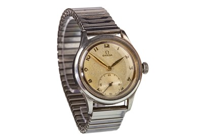 Lot 755-A GENTLEMAN'S LATE 1930S OMEGA WATCH
