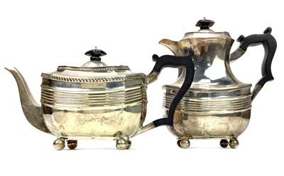 Lot 825-A GEORGE V SILVER TEA POT AND COFFEE POT