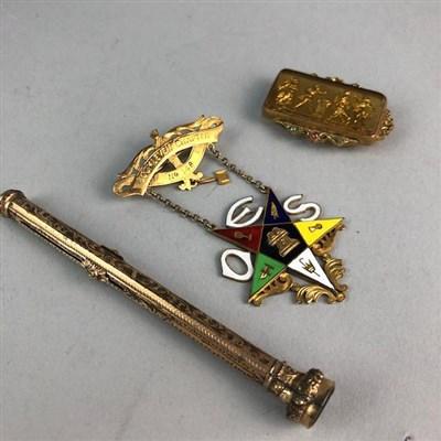 Lot 10-A GOLD MASONIC JEWEL AND OTHER MASONIC ITEMS