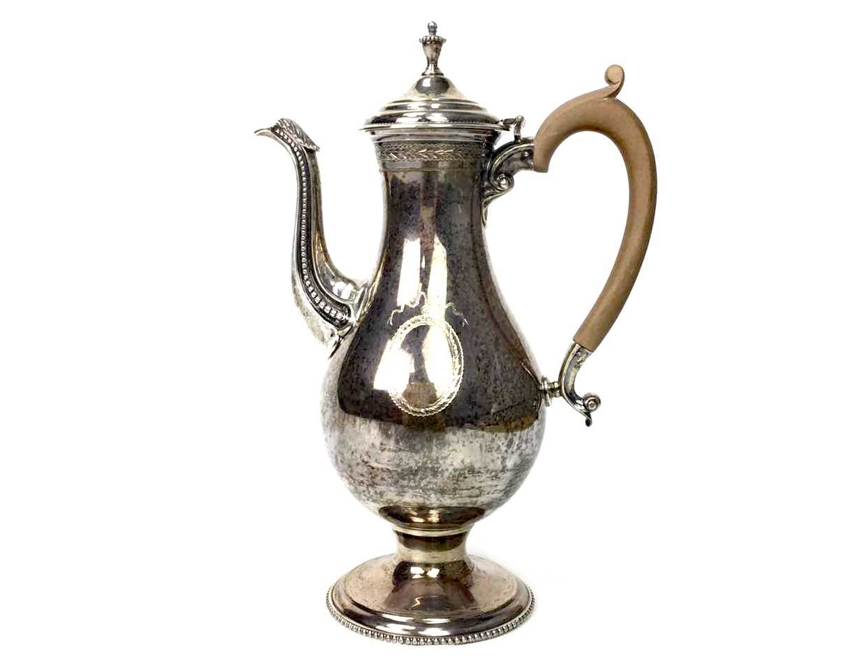 Lot 840 - A 20TH CENTURY SILVER COFFEE SERVICE