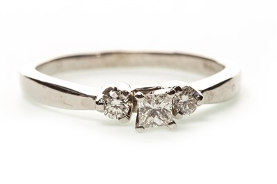 Lot 22-A DIAMOND THREE STONE RING