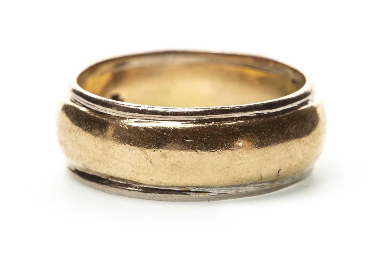 Lot 5-A NINE CARAT GOLD WEDDING BAND