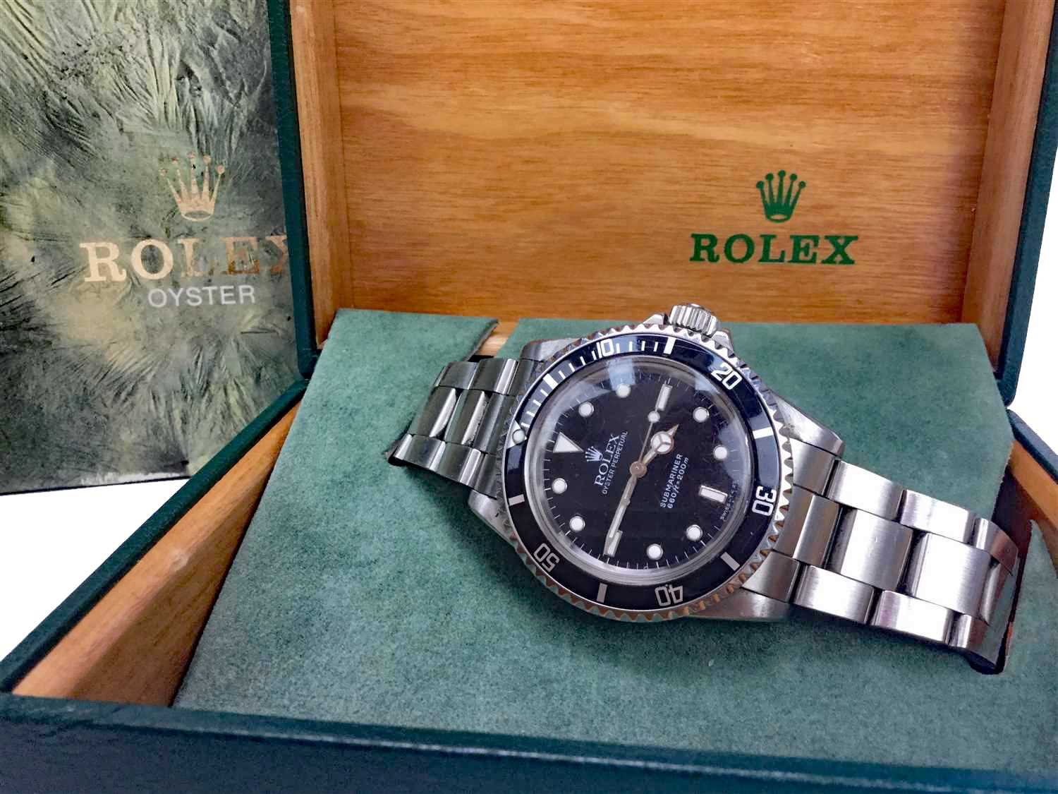Lot 752-A GENTLEMAN'S ROLEX SUBMARINER WATCH