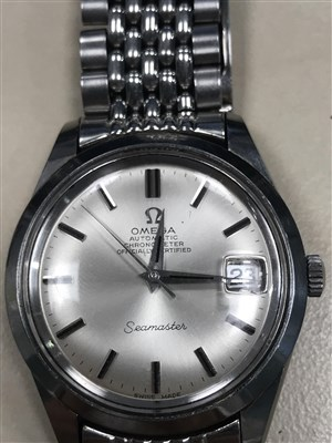 Lot 800-A GENTLEMAN'S OMEGA SEAMASTER AUTOMATIC WATCH