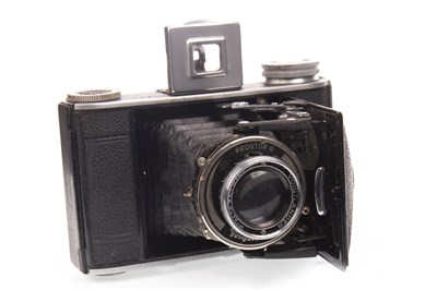 Lot 1458-A VOITLANDER VITO II SLR CAMERA AND THREE OTHER VOITLANDER CAMERAS