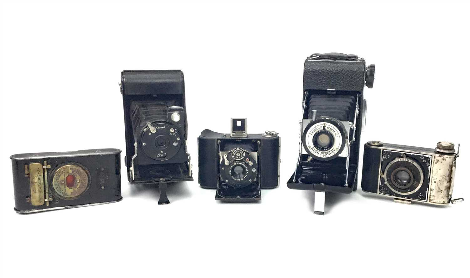 Lot 1465-AN F. DECKEL SMALL BELLOWS ACTION FOLDING CAMERA
