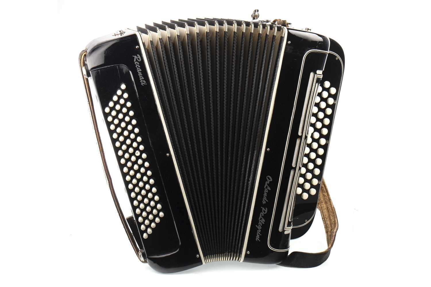 Lot 1450-A BUTTON KEY ACCORDION BY LUIGI PELLIGRINI