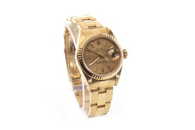 Lot 775-A LADY'S ROLEX DATEJUST GOLD WATCH