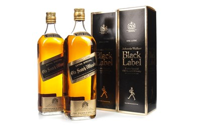 Lot 425-TWO LITRES OF JOHNNIE WALKER BLACK LABEL AGED 12 YEARS
