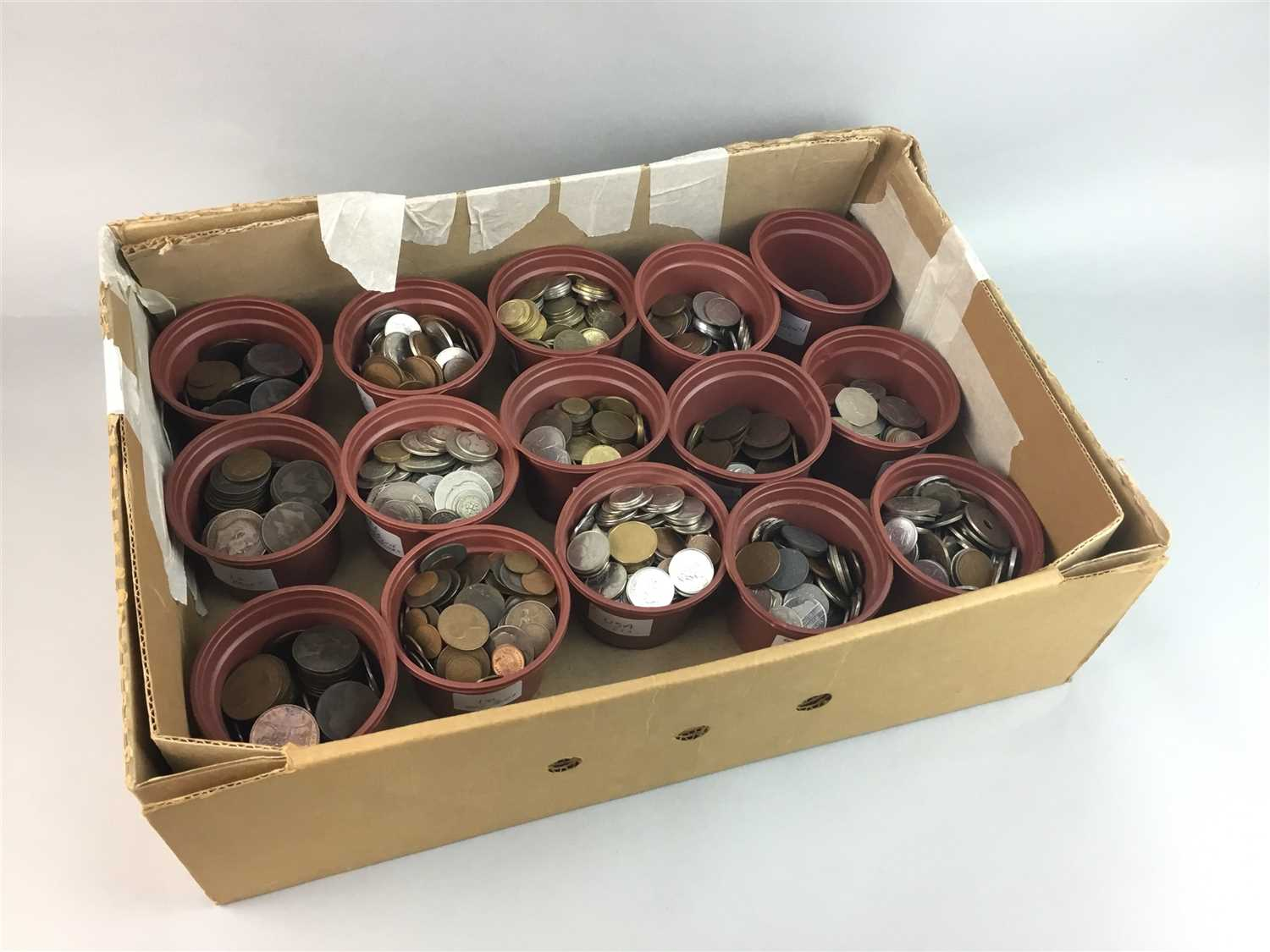 Lot 16-A LOT OF COINS AND BANKNOTES