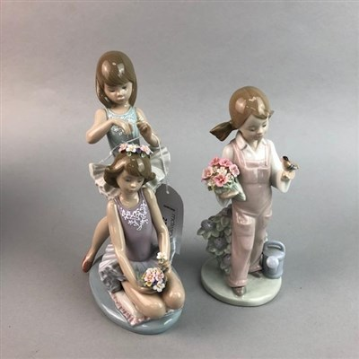 Lot 27 - A LOT OF TWO LLADRO FIGURES