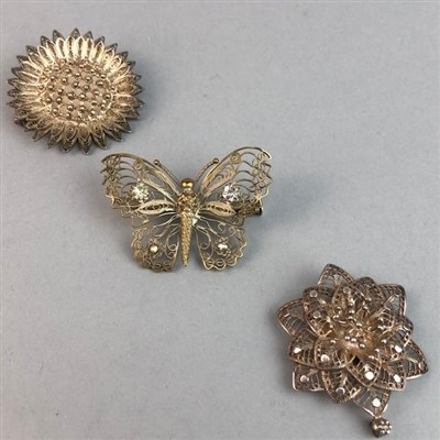 Lot 62 - A LOT OF NINE SILVER FILIGREE BROOCHES
