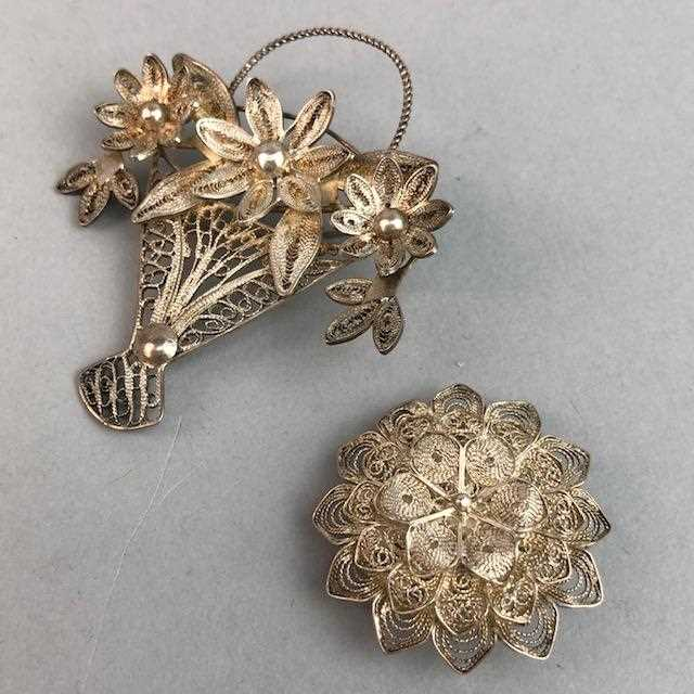 Lot 2-A LOT OF VINTAGE SILVER AND OTHER BROOCHES