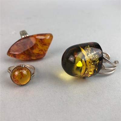 Lot 3-A LOT OF SILVER AND AMBER JEWELLERY