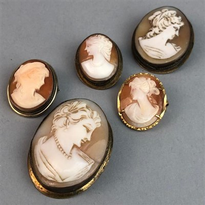 Lot 72 - A LOT OF FIVE CAMEO BROOCHES