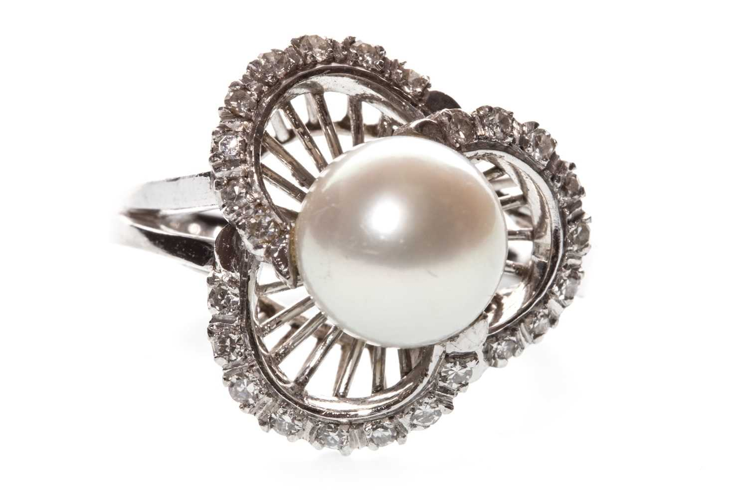 Lot 16-A PEARL AND DIAMOND RING