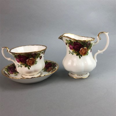 Lot 90 - A ROYAL ALBERT 'OLD COUNTRY ROSES' TEA SERVICE