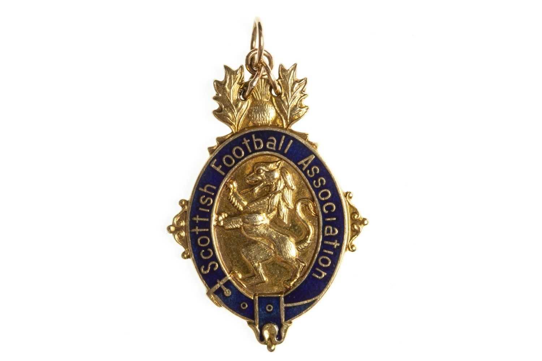 Lot 1824-RANGERS F.C. INTEREST - SCOTTISH FOOTBALL ASSOCIATION SCOTTISH CUP WINNERS GOLD MEDAL 1981