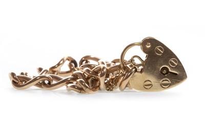 Lot 28-A GOLD LINK BRACELET