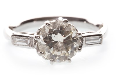 Lot 4-A DIAMOND SOLITAIRE RING