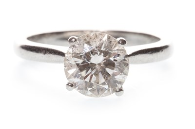 Lot 44-A DIAMOND SOLITAIRE RING