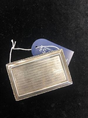 Lot 875-A GEORGIAN SILVER SNUFF BOX BY NATHANIEL MILLS