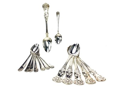 Lot 887 - A SET OF SIX VICTORIAN SILVER TEASPOONS ALONG WITH TWELVE COFFEE SPOONS