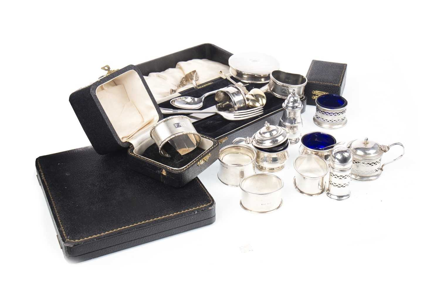 Lot 889 - A LOT OF SILVER CRUETS ALONG WITH FLATWARE AND CASED PRESENTATION SETS