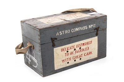 Lot 1387 - A BOXED WWII ASTRO COMPASS MKII