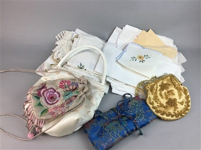 Lot 10-A LOT OF LINEN AND VINTAGE EVENING BAGS