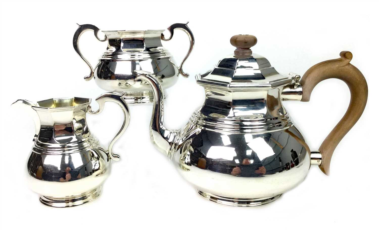 Lot 924 - A SILVER THREE PIECE TEA SERVICE
