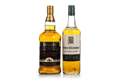 Lot 418-DEWAR'S 12 YEARS OLD ONE LITRE AND HOUSE OF COMMONS 12 YEARS OLD