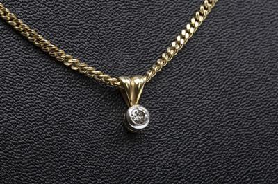 Lot 25-A DIAMOND SINGLE STONE PENDANT