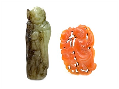 Lot 989-A 20TH CENTURY CHINESE JADE CARVING OF SHOU LAO AND A BROOCH