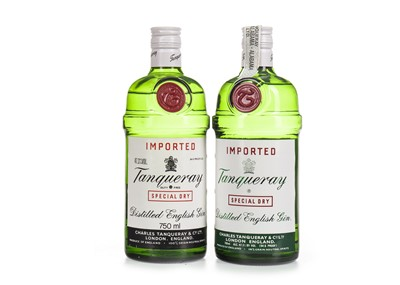 Lot 1025-TWO BOTTLES OF TANQUERAY GIN