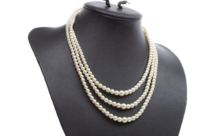 Lot 15-A THREE STRANDED PEARL NECKLACE