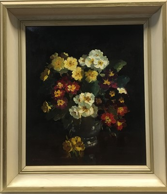 Lot 634-FLORAL STILL LIFE, AN OIL BY RICHARD FORSYTH