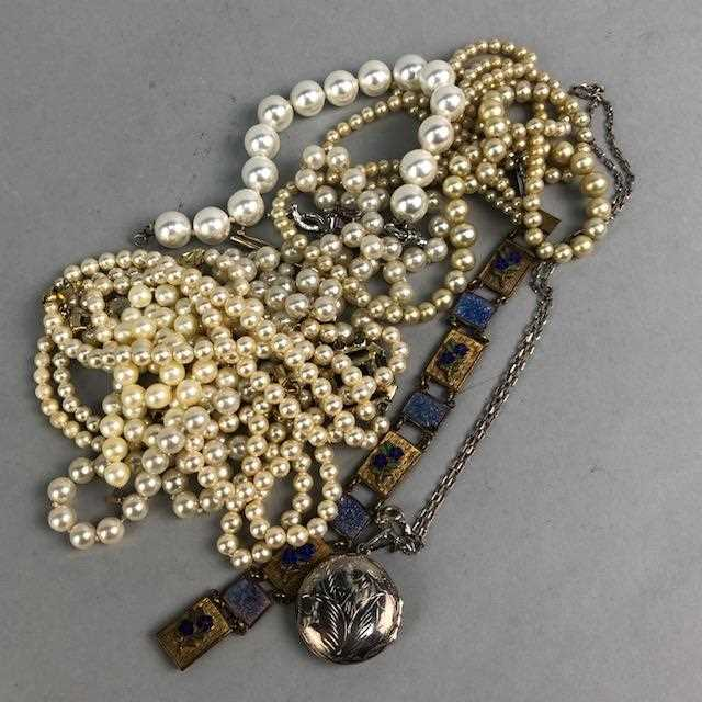Lot 16-A LOT OF GOLD AND COSTUME JEWELLERY